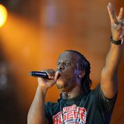 Qui est Youssoupha, le rappeur controversé choisi pour chanter les Bleus ?