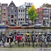Faire du vélo à Amsterdam, une expérience pas si anodine