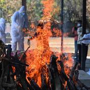Covid-19 : l'Inde franchit la barre des 300.000 décès