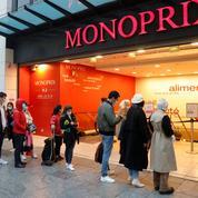 Monoprix encourage ses hôtes de caisse à se reconvertir en aide-soignant