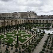 L'Orangerie du château de Versailles transformée en centre de vaccination éphémère