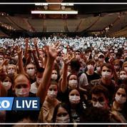 À Bercy, les fans s'aventurent en nombre au concert-test d'Indochine