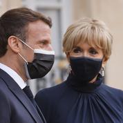 Emmanuel et Brigitte Macron vaccinés contre le Covid-19