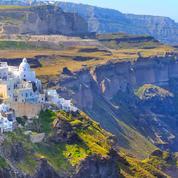 Cyclades, Baléares, Açores ou Corse, les compagnies aériennes multiplient les vols pour les vacances d'été