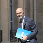 Hausse des taux d'intérêt : Moscovici appelle à la vigilance sur la charge de la dette
