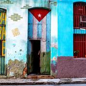 Un rappeur contestataire cubain placé en détention et poursuivi