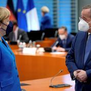 Déficits: le successeur potentiel de Merkel favorable à un retour au pacte de stabilité