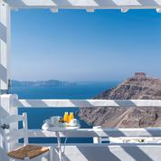 Top 10 des hôtels de Santorin, la sélection du Figaro