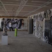À Marseille, un immeuble de bureaux transformé en résidence d'artistes éphémère