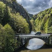 En Auvergne, un road trip par monts et par van