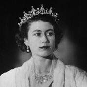 Des étudiants d'Oxford décrochent le portrait d'Elizabeth II, symbole, selon eux, du «passé colonial» britannique