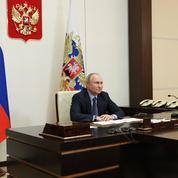 Poutine inaugure une usine de traitement de gaz à plus de 11 milliards d'euros près de la Chine