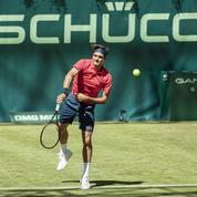 Retour sur gazon victorieux mais encore timide pour Federer à Halle