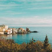 Vacances : six livres de voyage à glisser dans sa valise