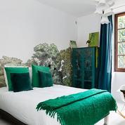 Hôtels à Annecy : dix établissements inattendus, les pieds dans l'eau, insolites ou romantiques