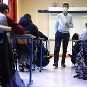 Vaccin : vers des débats organisés en classe pour sensibiliser les jeunes