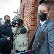 Le chef du parti unioniste d'Irlande du Nord DUP va démissionner