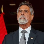 Élection au Pérou: le président par intérim critique une lettre d'ex-militaires