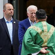 Joe Biden se rend à l'église après une annonce du clergé américain sur l'avortement