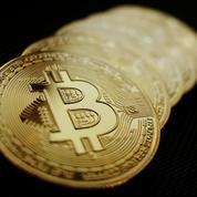 Le bitcoin fait volte-face après être tombé sous les 30.000 dollars