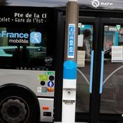 Un bus de la RATP prend feu dans le XVIIIe arrondissement de Paris