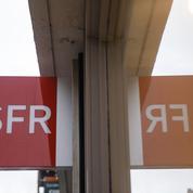 SFR: des centaines de salariés en grève contre les suppressions de postes