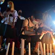 Thaïlande : nouvelle manifestation pro-démocratie à Bangkok malgré la vague de Covid-19