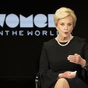 Biden nomme la veuve du républicain McCain ambassadrice auprès d'une agence de l'Onu
