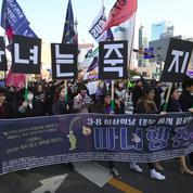 Comment le féminisme radical agite la Corée du Sud