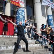 Les occupants du théâtre Graslin de Nantes quittent les lieux après 109 jours
