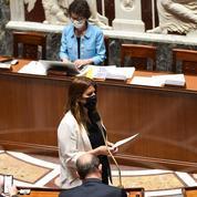 Séparatisme : l'Assemblée se déchire sur les signes religieux des assesseurs