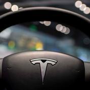 États-Unis: les constructeurs de voitures avec aide à la conduite devront signaler les accidents