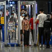 Contrôles renforcés: les aéroports français s'inquiètent des temps d'attente
