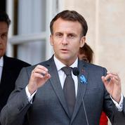 Emmanuel Macron recevra syndicats et patronat mardi à l'Élysée