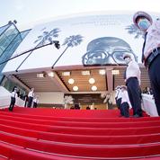 Embarquement pour Cannes : dernières retouches sur la Croisette avant le défilé des stars