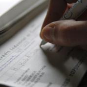 Les paiements par chèque ont reculé de 25% l'an dernier