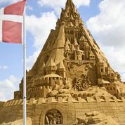 Battus pas les Anglais, les Danois se consolent avec le record du château de sable le plus haut du monde