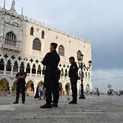 Des gendarmes italiens déguisés en prêtres pour arrêter des escrocs