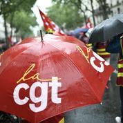Finances publiques: manifestation à Paris contre la fermeture de centres d'Ile-de-France