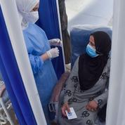 Covid-19 en Algérie : un infectiologue s'inquiète d'une reprise «alarmante» du virus et d'un État «absent»