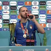 Taquin, Bonucci boit de la Heineken et du Coca-Cola pour fêter le sacre de l'Italie à l'Euro (vidéo)