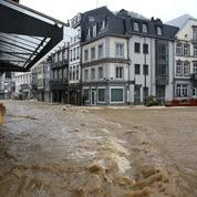 Belgique : la ville de Spa sous l'eau, un corps retrouvé dans la Meuse