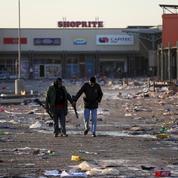 Afrique du Sud: des vaccinations anti-Covid suspendues par les violences