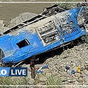 Pakistan: 13 morts, dont 9 Chinois, dans l'explosion d'un bus