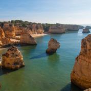 Entre criques rocheuses et sable fin, six plages préservées en Algarve