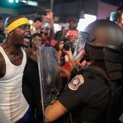 Des policiers blancs américains condamnés pour avoir battu un collègue noir en civil