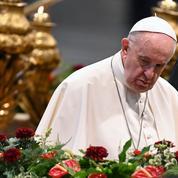 Le pape François réduit fortement l'usage de la messe en latin