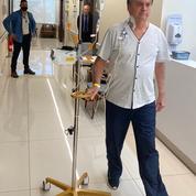 Brésil: «amélioration» de l'état de Bolsonaro, qui reste hospitalisé