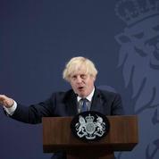 Covid-19 : Boris Johnson porte un sale coup aux voyages France-Angleterre