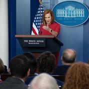 «Nous ne sommes pas en guerre contre Facebook», assure la Maison-Blanche